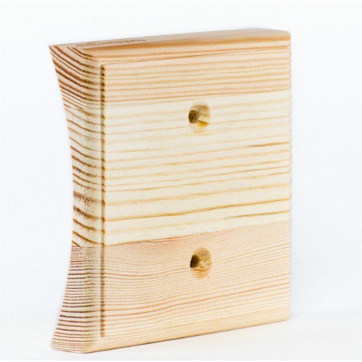 Рамка на оцилиндрованное бревно деревянная одноместная. Сосна